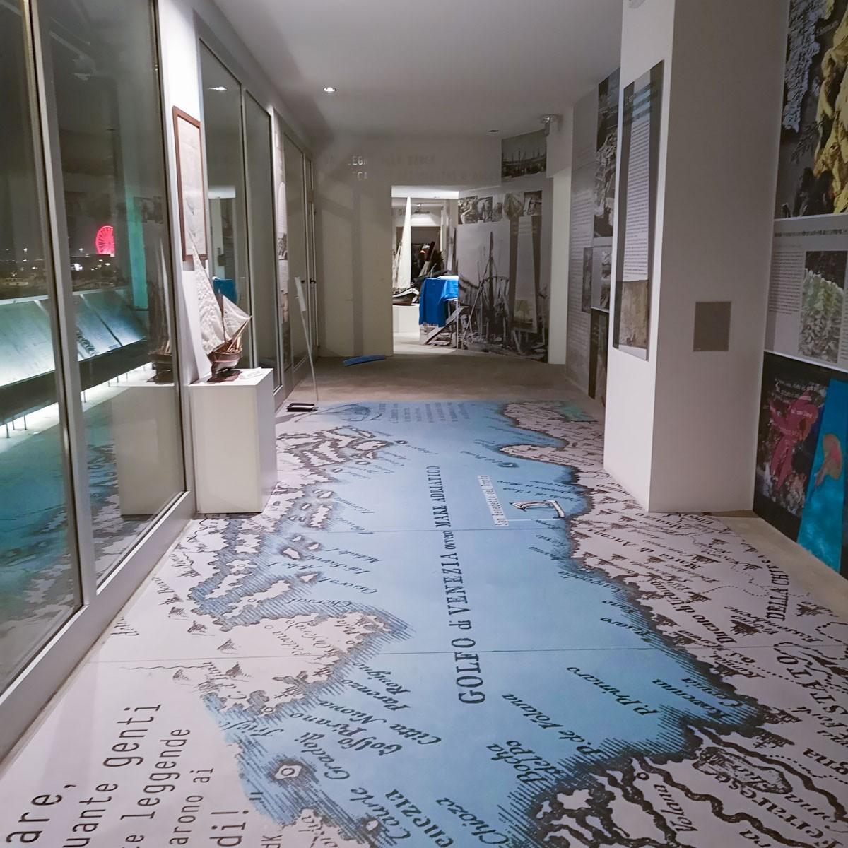 Museo del Mare di San Benedetto del Tronto- mappa sul tappeto