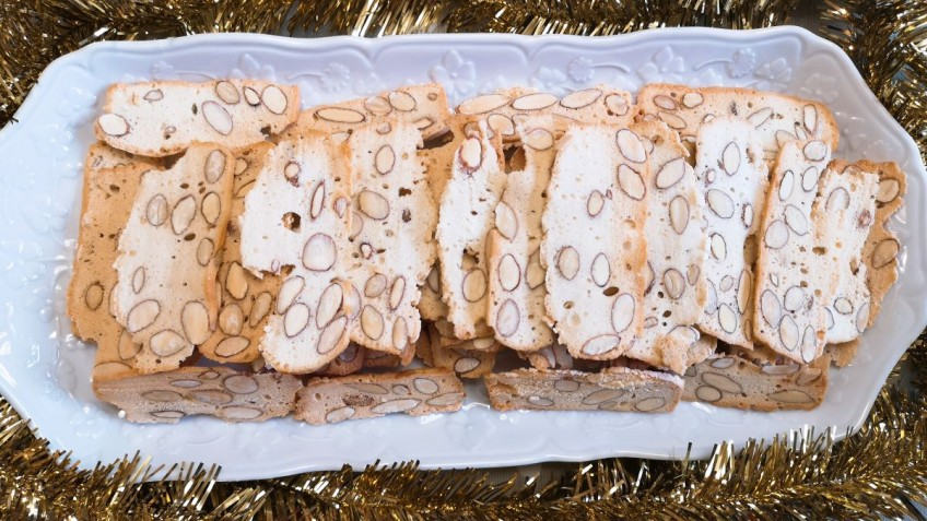 biscotti alle mandorle e albume d'uovo