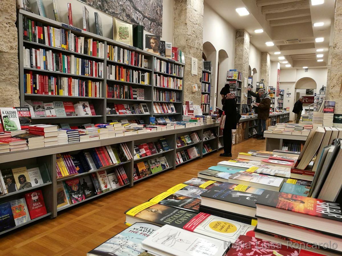 Libreria Rinascita libri