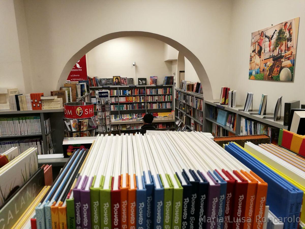 Libreria Rinascita - libri