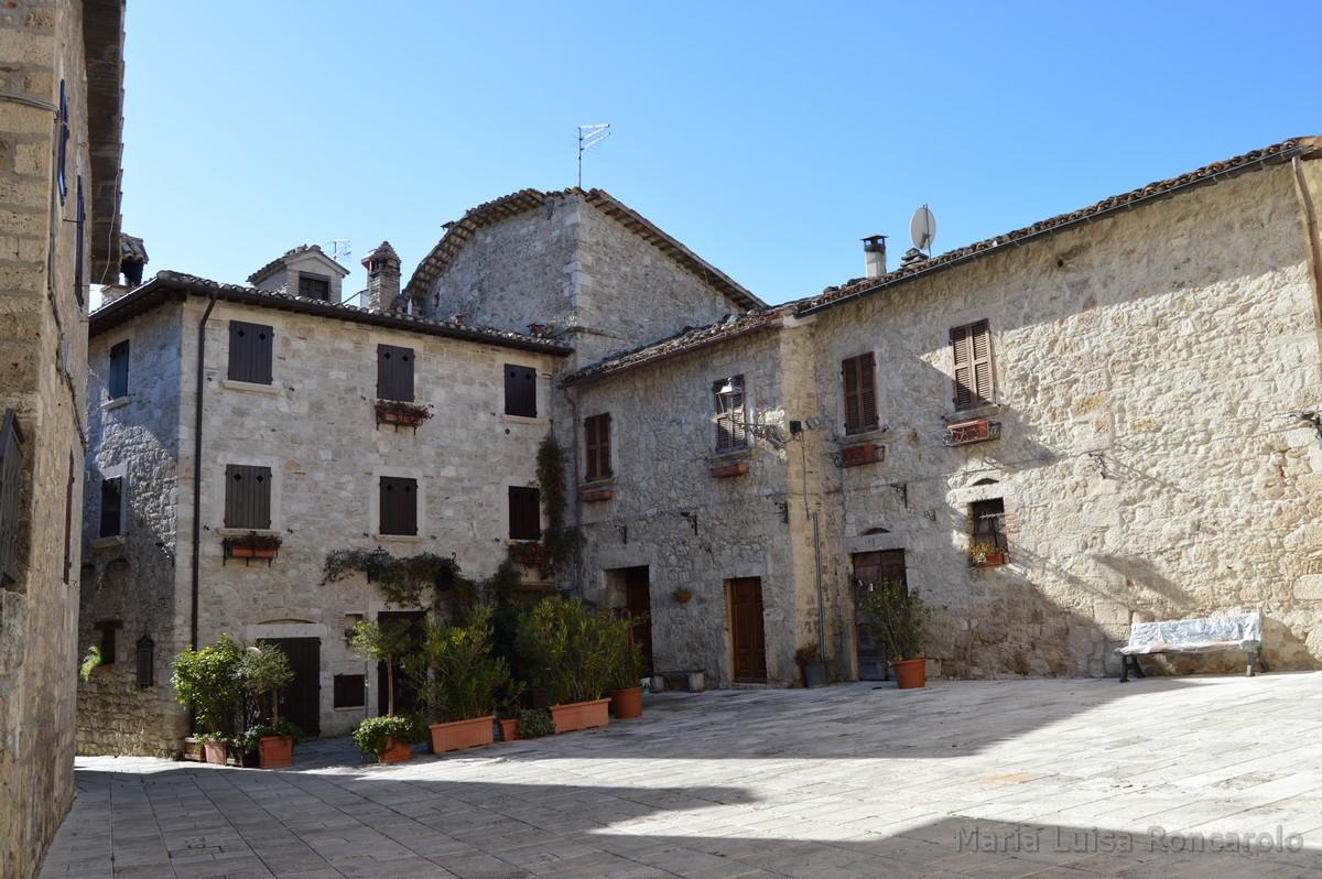 borgo di Castel Trosino